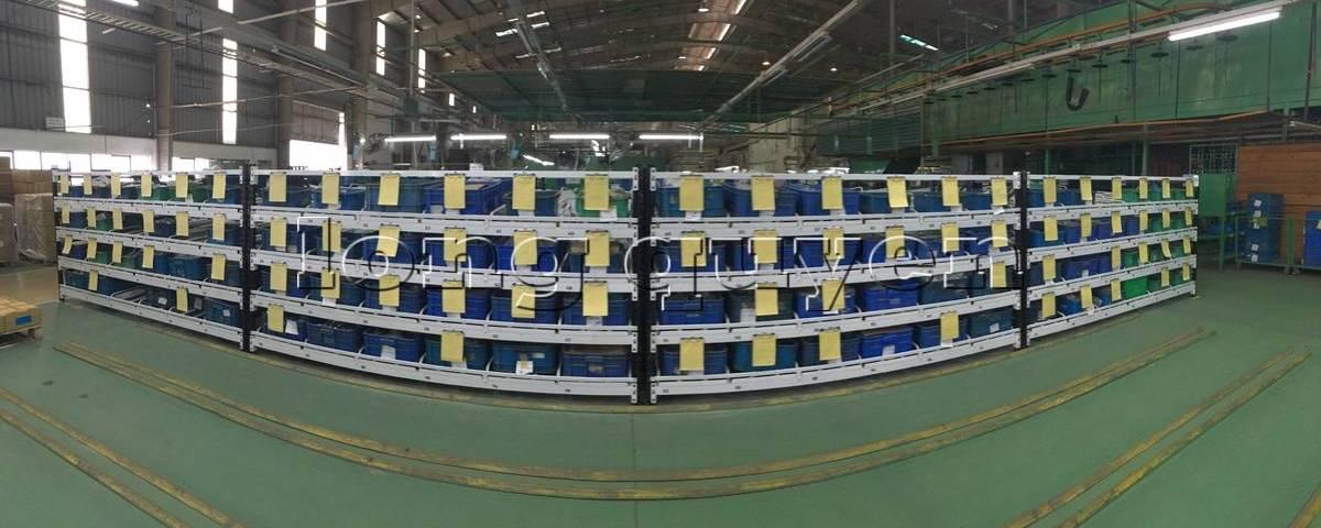 Giá kệ lưu trữ dòng chảy trong lắp ráp công nghiệp tại công ty SHVN (header)