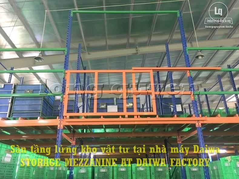 Sàn tàng lửng kho vật tư khung giá kệ pallet lắp ráp tại nhà máy DAIWA (3)