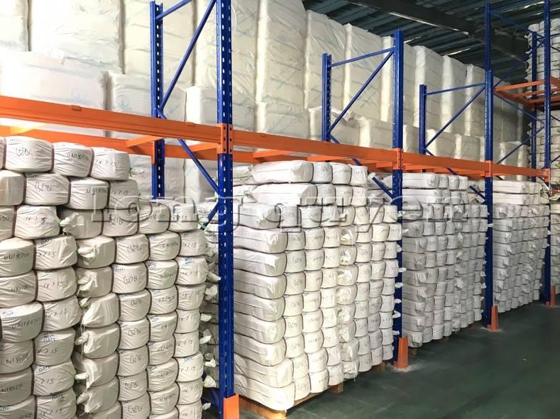 Giá kệ sắt kệ để hàng kệ pallet lắp đặt tại công ty Yulun (2)