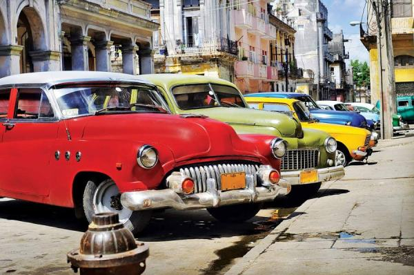 Cuba-and-American-Cars