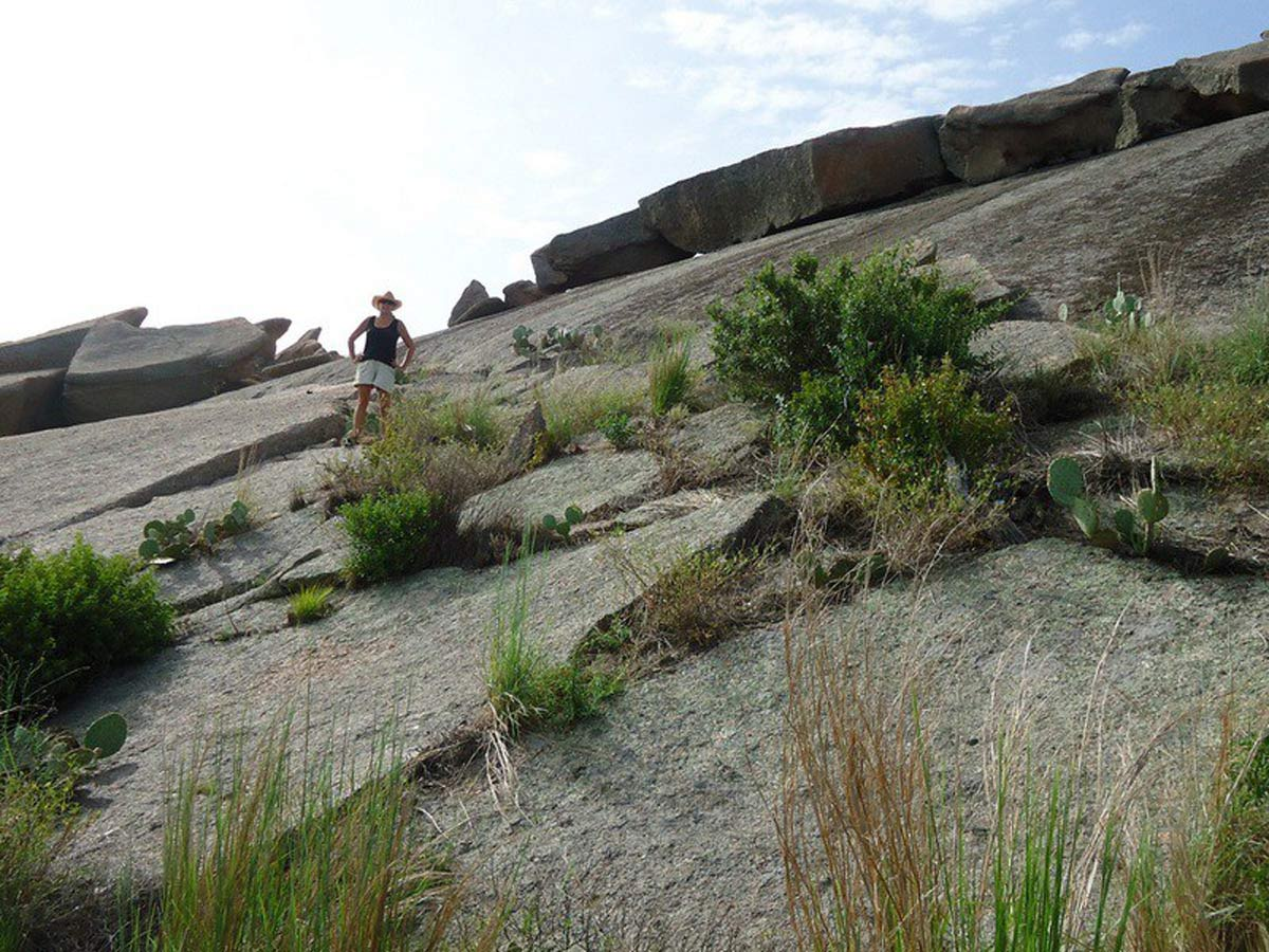 Heading up the Enchanted Rock batholith