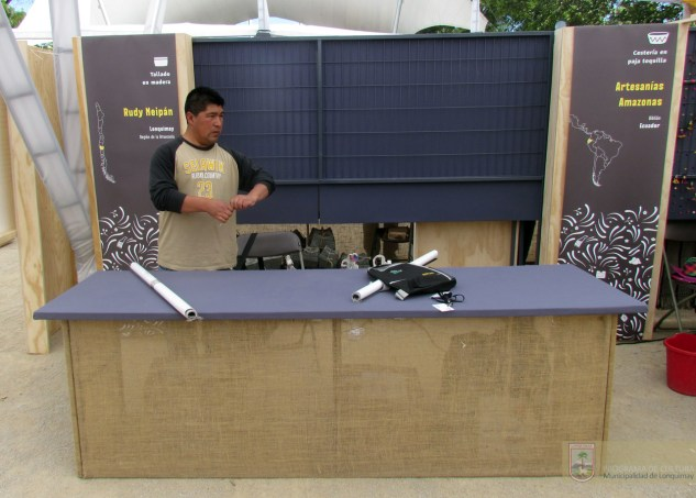 Stand Lonquimay, Rudy y Alfredo Neipan