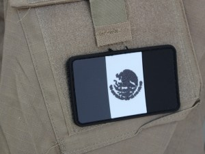Parche Mexico Monocromatico PVC con contactel.