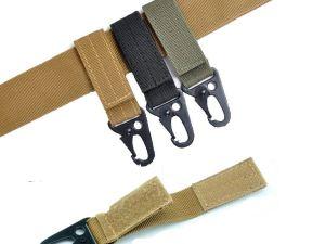 Llavero tactico para cinturon o correa de mochila sistema molle