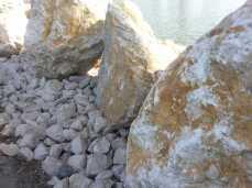 mopana-white-beautiful-rocks-15