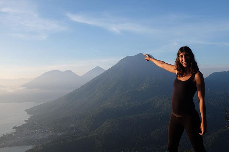 Vulcões há muitos... Vulcão San Pedro e ao longe o vulcão Água