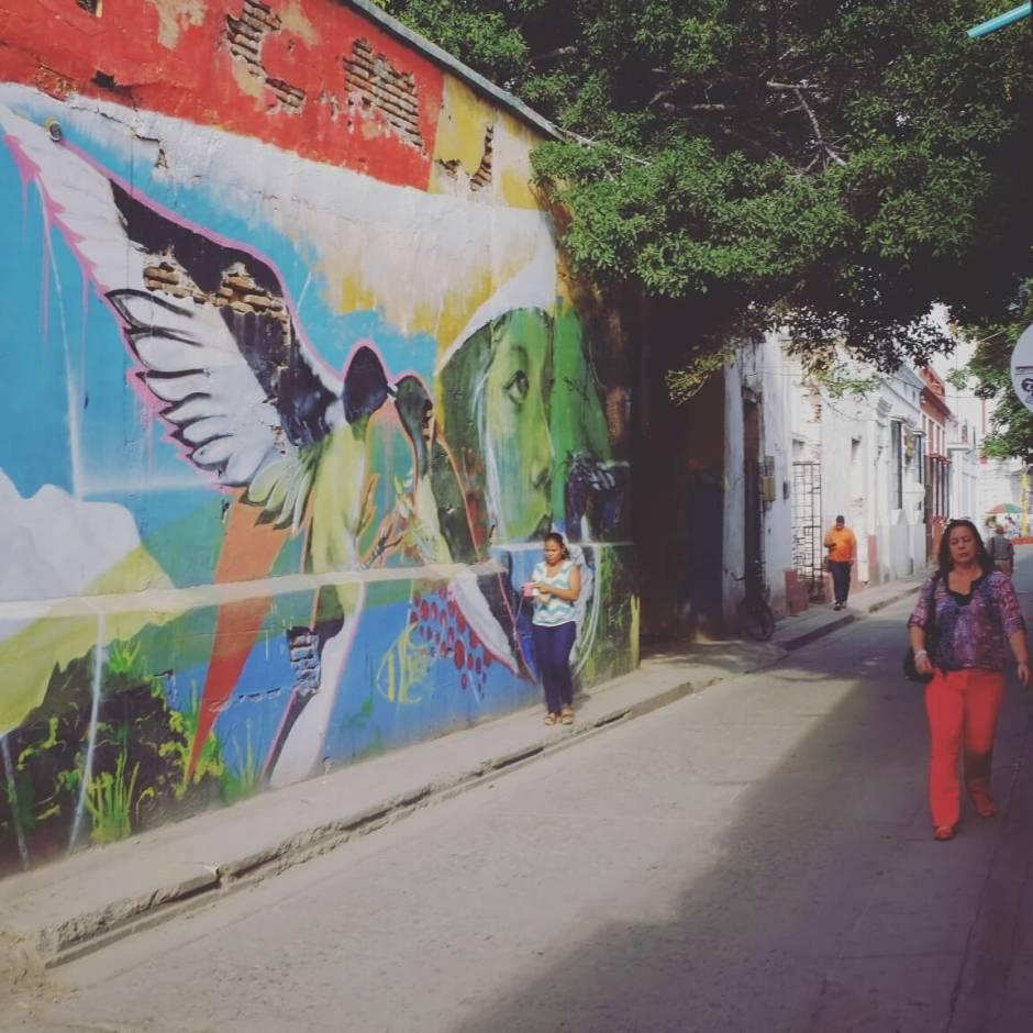 Pelas ruas de Santa Marta
