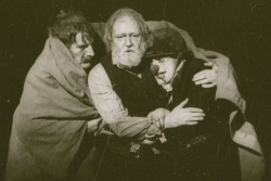 Michael Gambon as King Lear, Anthony Sher played The Fool, 1982