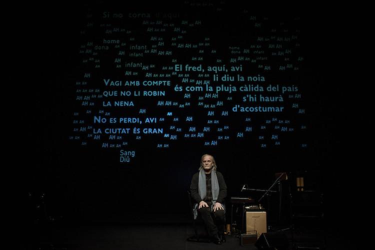 Lluis Homar stars in La néta del senyor Linh. Photo: David Ruano