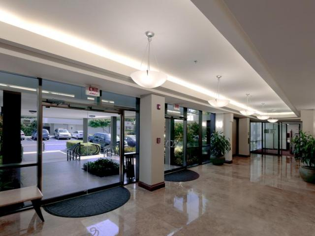 2000 Glades Road Boca Raton FL 33431 Professional Office
