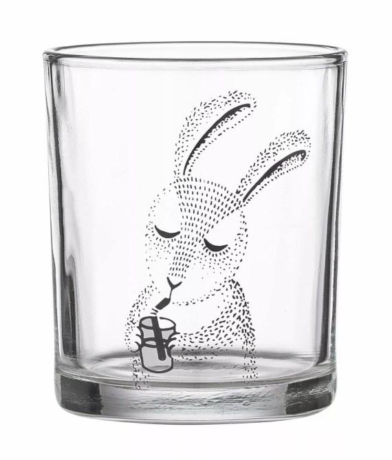 Szklanka śpiący królik
