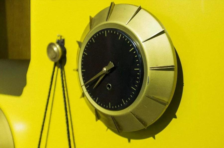 """Wystawa """"Pięć dekad zegarów"""" Jubiler"""