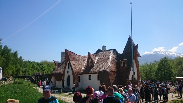 The Clay Castle in Fairies Valley, Romania | Looknwalk
