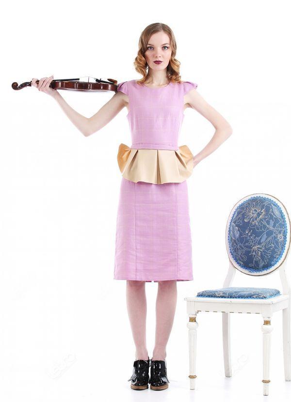 платье футляр с баской фото