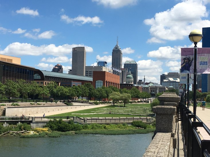 Featuring open green spaces and many attractions that make Indy what it is, the State Park is a must visit when you are here.