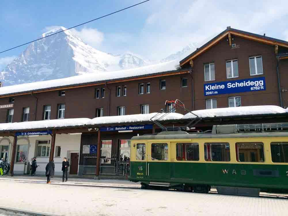 Bahnhof_kleine_Scheidegg_5361