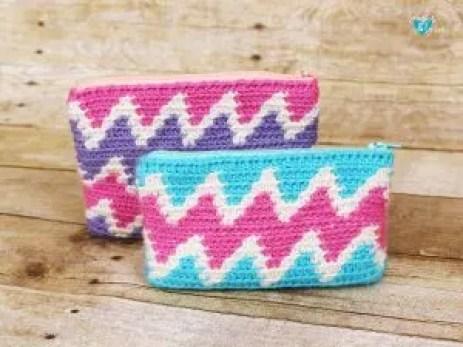 Zig zag zipper bags - tapestry crochet chevron design
