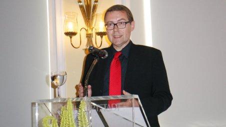 Herr Imholz übermittelt die Grußworte des Magistrates (Photo von Joachim Sobeck)