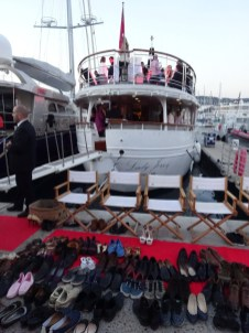 Shoeless yacht party