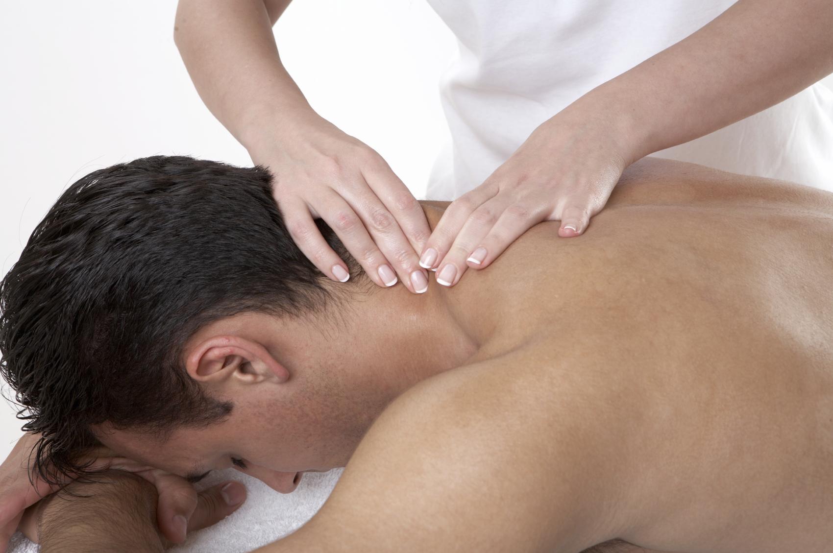 https://i1.wp.com/loosenupbodywork.com/wp-content/uploads/2011/09/man-massage.jpg