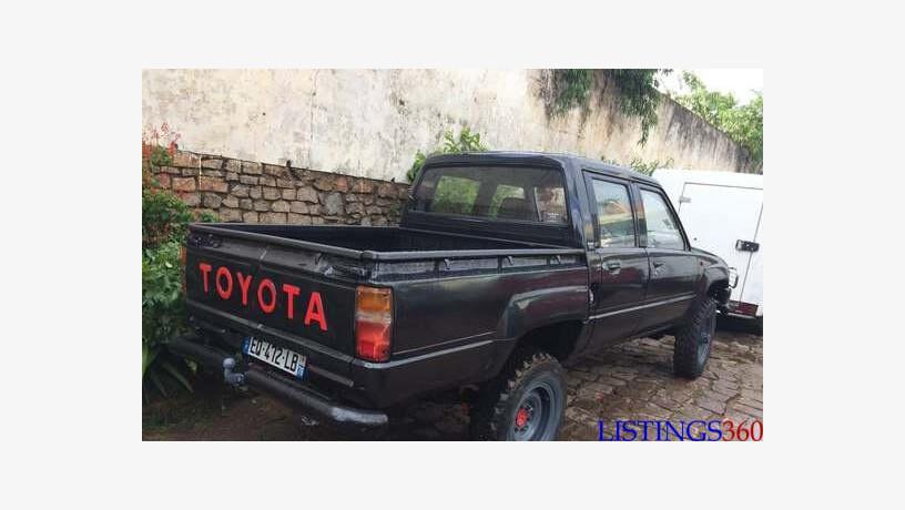 Toyota Hilux Mananara Mananara Madagascar Loozap