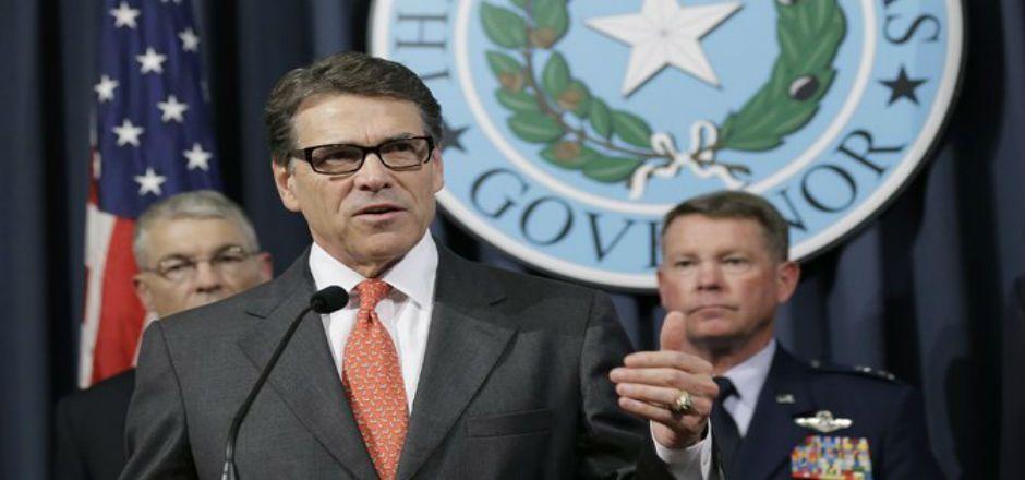Texas pide ayuda militar en la frontera - Foto de AP