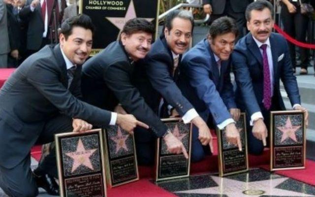 Los Tigres del Norte ya tienen estrella en Hollywood - Foto de Twitter