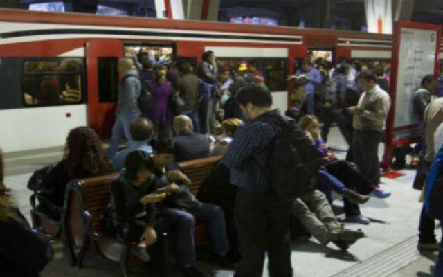 La tarde de este miércoles quedará restablecido el servicio del Tren Suburbano - Foto de Cuartoscuro