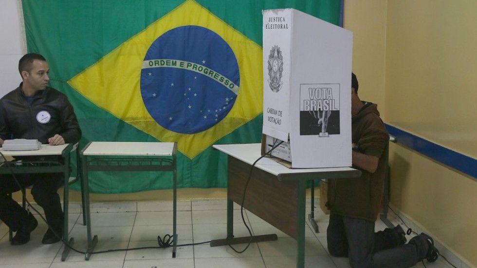 """Presentan fallas """"urnas biométricas"""" durante elecciones en Brasil - Foto de Notimex"""