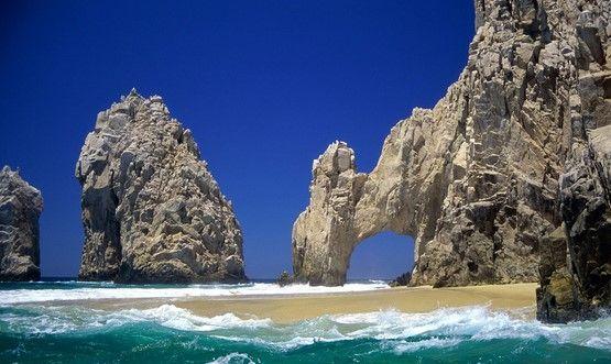 Baja California Sur de pie celebrando sus 40 años - Foto de Internet