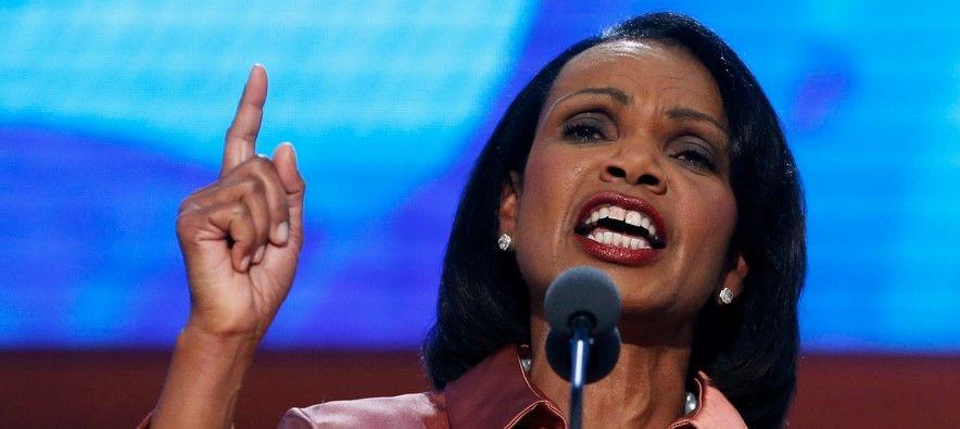 Condoleezza Rice censuró nota sobre la CIA del New York Times - Foto de Enstarz