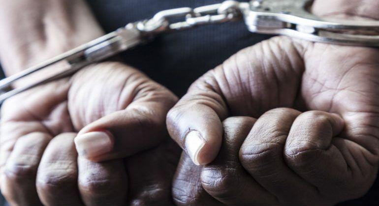 Detienen a tres expolicías implicados en asesinato de Gibrán Martíz - Foto de The Huffington Post