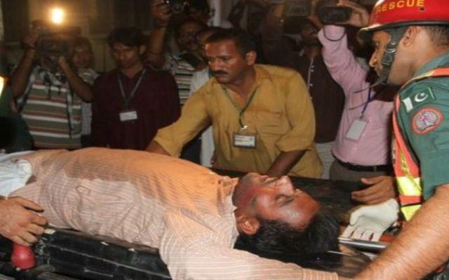 Mueren 7 en estampida durante mitin en Pakistán - Foto de AP