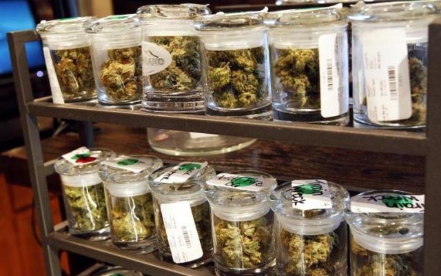 El viernes negro se vuelve verde en EUA por venta de mariguana - Foto de ibtimes.com