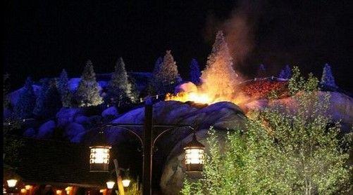 Se incendia atracción en Disney Magic Kingdom - Foto de @InsideTheMagic