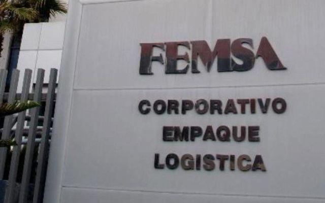 Femsa compra cadena de farmacias Farmacón - Foto de La Información