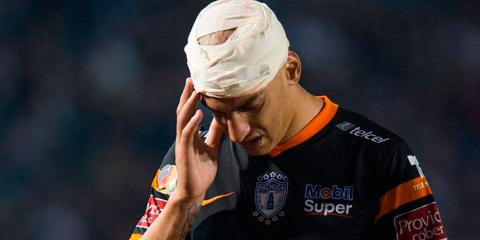 Nahuelpán sin daños graves tras golpe en la cabeza - Ariel Nahuelpán sufrió un fuerte golpe en la cabeza