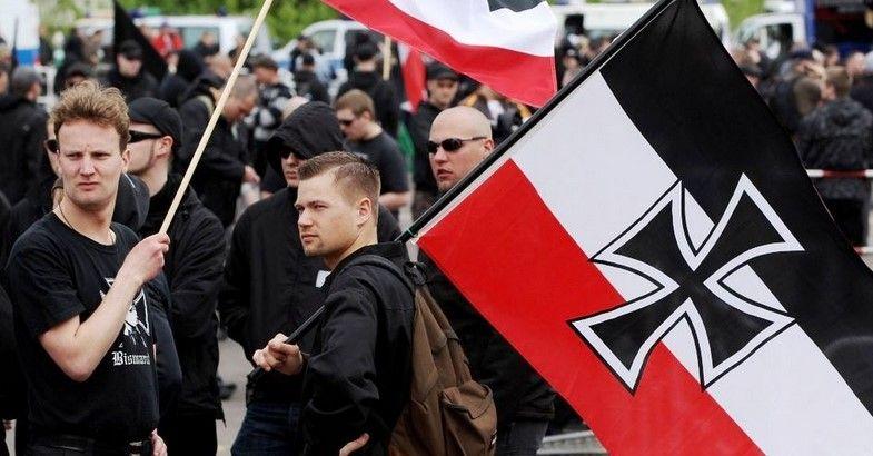 Trump estimula aumento de grupos supremacistas blancos - Neonazismo