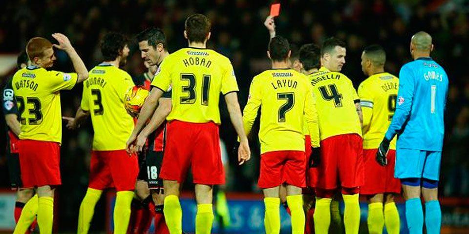 Watford con 10 cae en Championship - Expulsión de Gabriele Angella del Watford