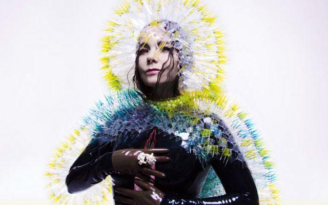 Björk presenta tráiler de su retrospectiva en el MoMA - vulnicura