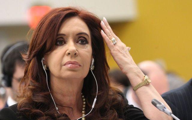 Llaman a declarar a Cristina Fernández por atentado en 1994 - fernández
