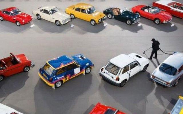 Subastarán 60 autos de lujo que encontraron en Francia - Automóviles de lujo en Francia