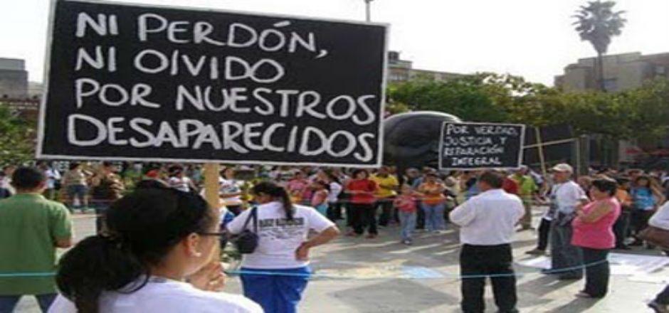 Chocan ONU y gobierno por tema de desapariciones - Manifestación por desaparecidos