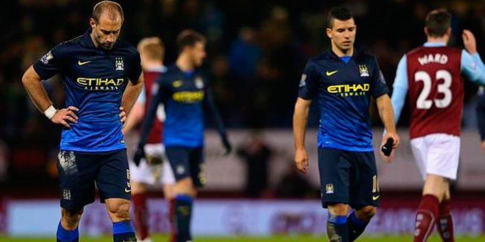 Nueva derrota del City lo aleja del título - Nueva derrota del City lo aleja del título
