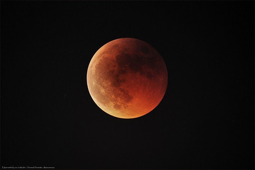 Eclipse lunar más corto del siglo este sábado
