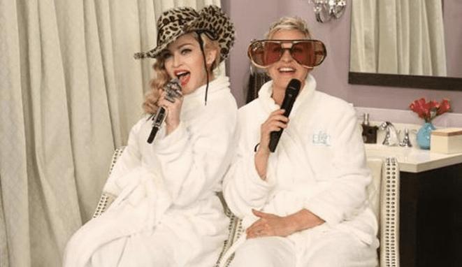Madonna canta desde el baño - Madonna canta desde el baño