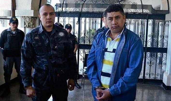 Guatemala extradita a México a líder Zeta - Guatemala extradita a México a presunto Zeta