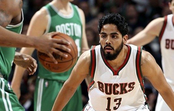 Jorge Gutiérrez firma con los Bucks - Jorge Gutiérrez firma con los Bucks