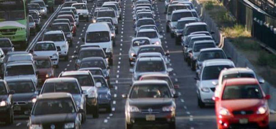 Trasladarse en el D.F. es cinco veces más tardado que hace 25 años - Tráfico