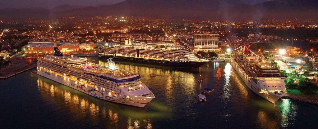 Cruceros cancelan arribos a Puerto Vallarta por violencia - Foto de Internet